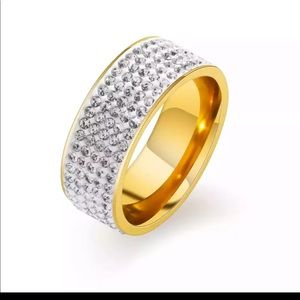 New 18k gold plated white cubic zirconia ring